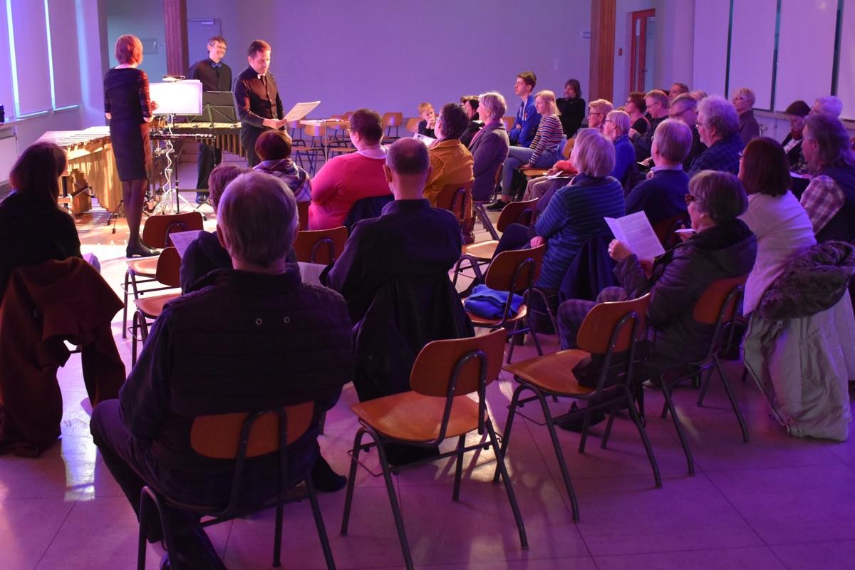 Triomotion · Stimmungsvolle Runde mit symphatischen Musikern