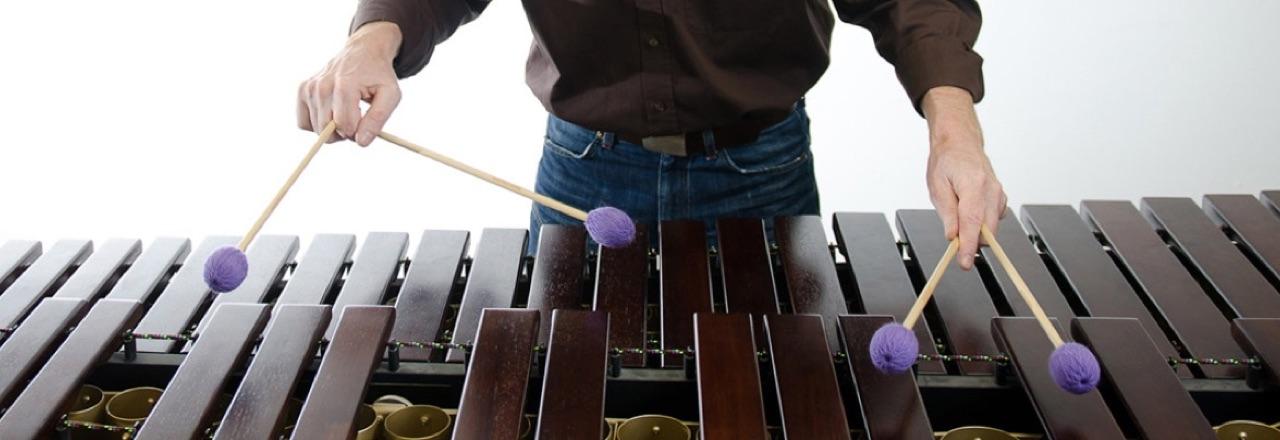 """Marimba: """"One-Handed-Roll"""""""